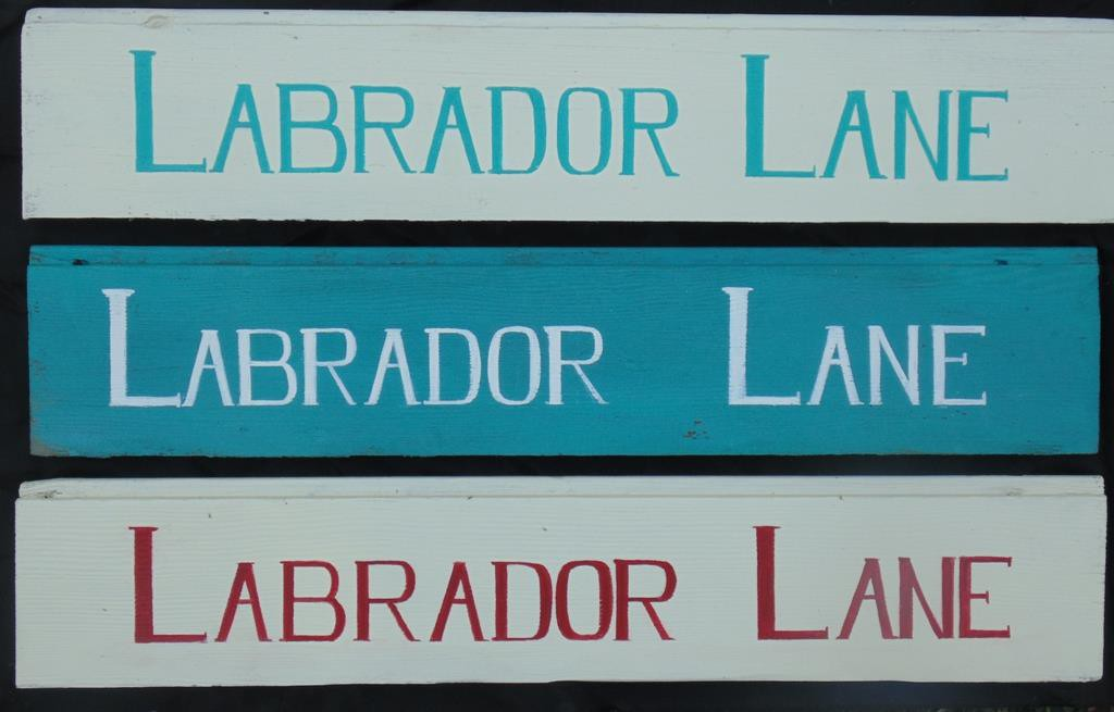 Labrador Lane sign